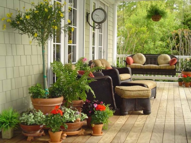 landscaping-with-potted-plants